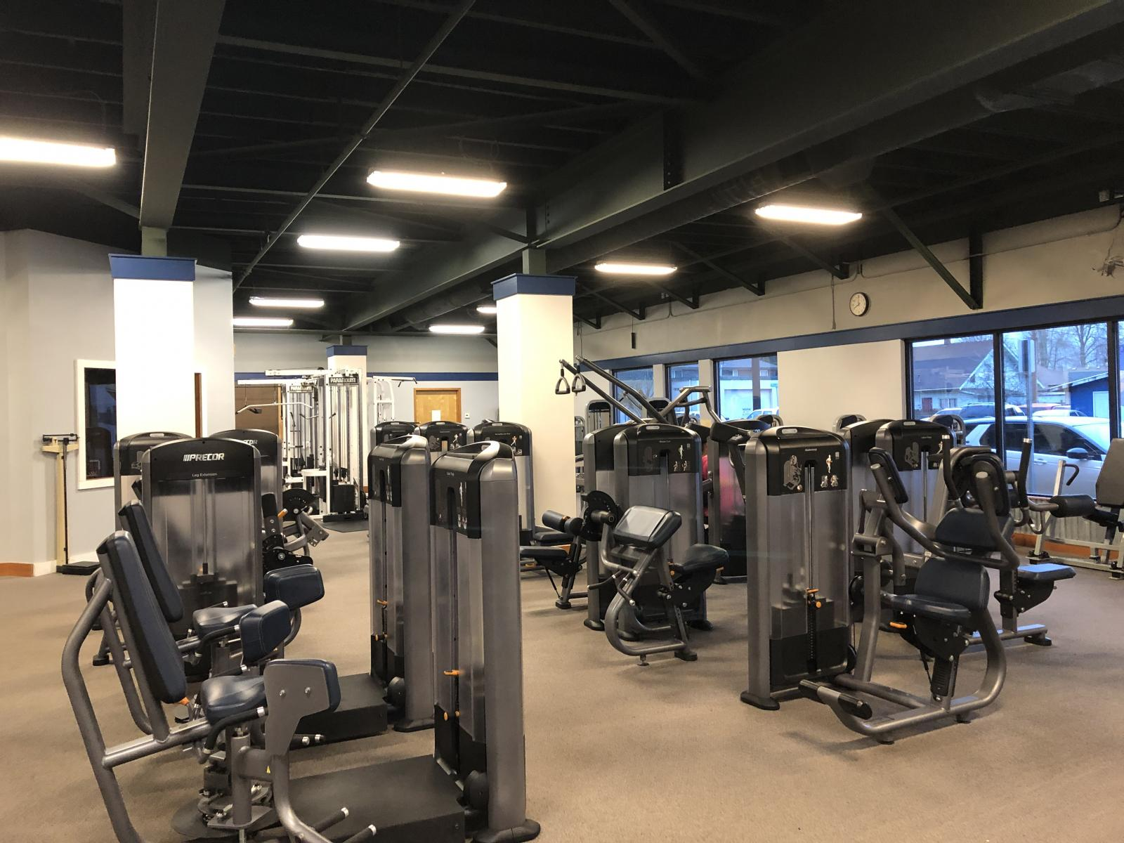 Machines in a gym